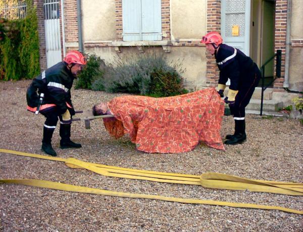 intervention des pompiers à la mairie-03