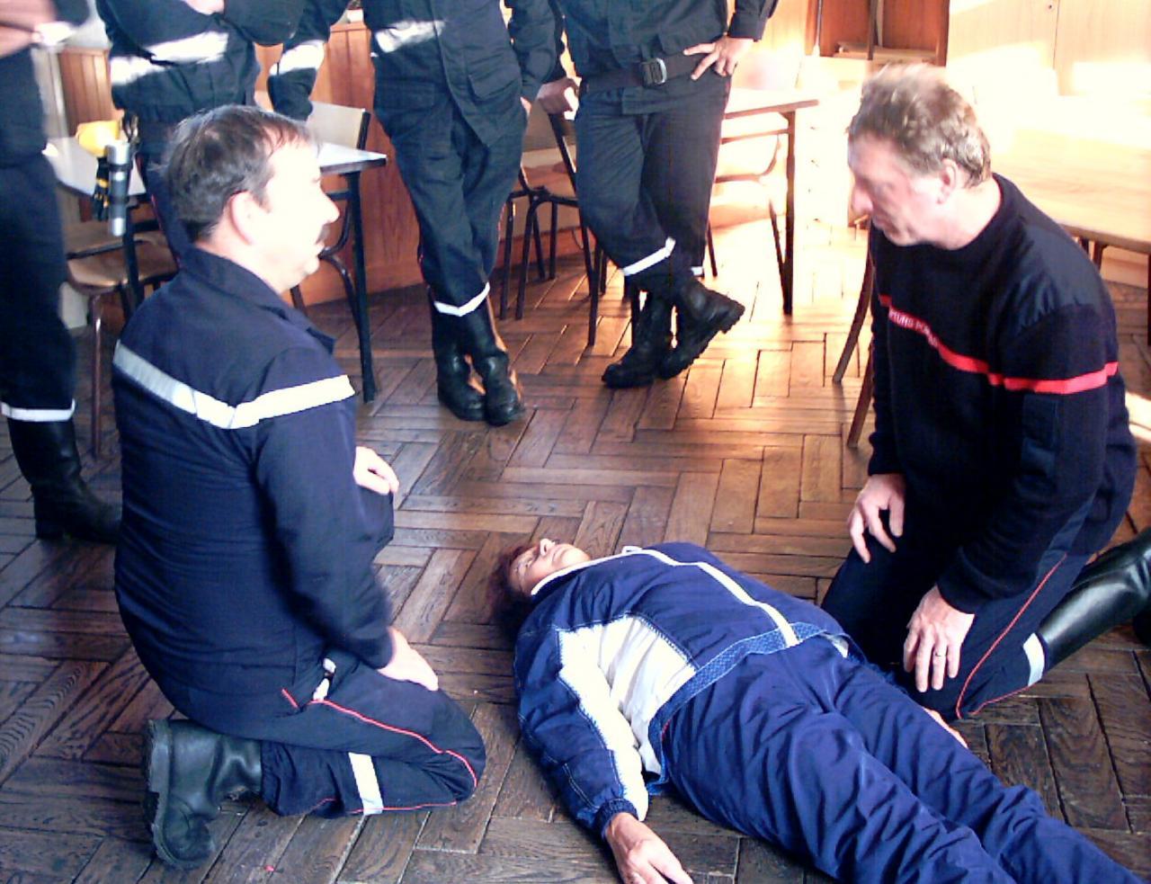 intervention des pompiers à la mairie-25